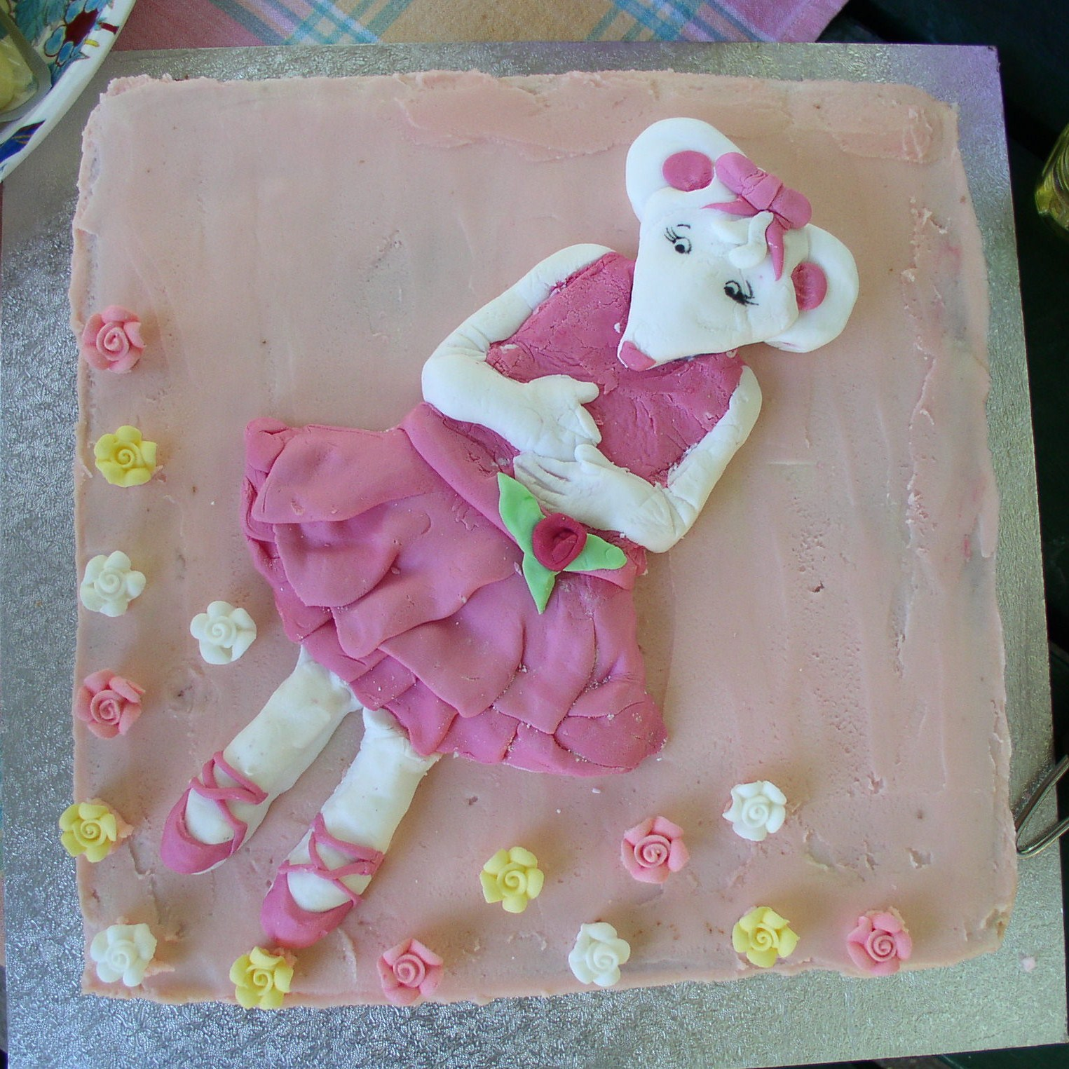 Lucy Lawless Birthday Cake